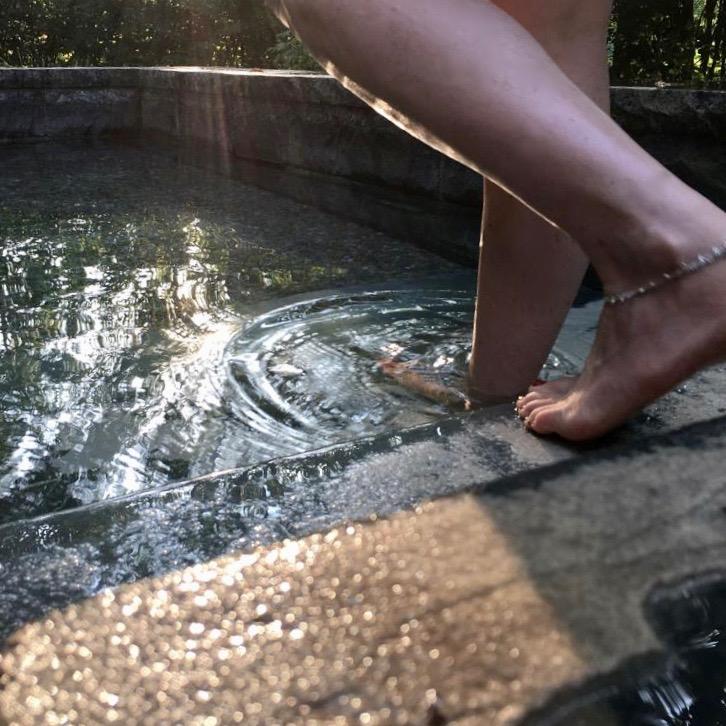 Wassertreten Coole Kneipp-Tipps für heisse Tage